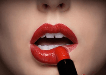 Lipstic Effect
