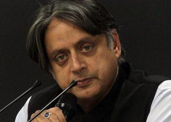 Shashi tharoor demands cancel republic day parade