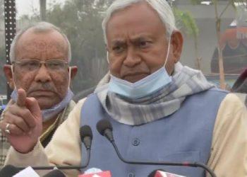 बिहार में अगर नौकरी चाहिए तो सरकार के खिलाफ नही करना होगा विरोध-प्रदर्शन