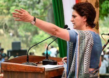 प्रियंका गांधी वाड्रा किसानों की महापंचायत करेगी