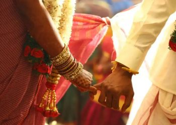 /moradabad-city-amazing-decision-of-panchayat-the-groom-decided-by-a-slip